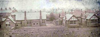 Aspley Heath Council School in the early 20th century [Z251/306/5]