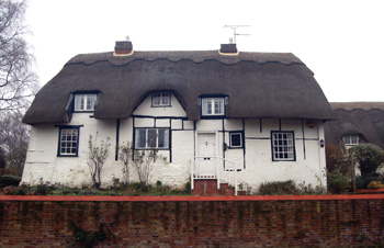 The Thatched Cottage December 2008