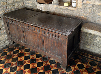 The parish chest October 2016