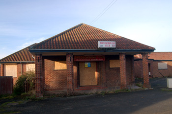 Entrance to the former Brogborough Club December 2008