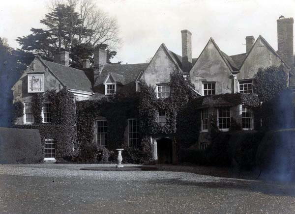 Bromham Hall in 1924