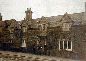 The VIcarage about 1930 [X456/15/6]