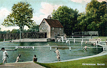 Newnham Baths about 1900 showing the former miller's cottage [Z1130/9/7/163]