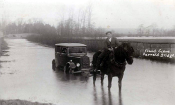 Flood at Harrold Bridge about 1920