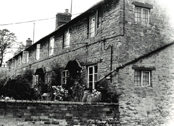21 to 27 Brook Lane in 1962