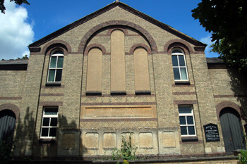 The Methodist Chapel close-up from the front June 2008