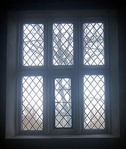 Window in the north wall of the nave December 2011