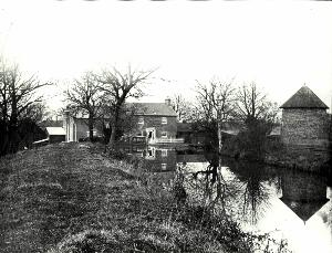 The watermill and remains of the windmill in 1903 [Z50/64/6]