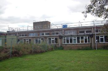 Picture of Balliol Lower School Kempston undergoing repair in September 2007
