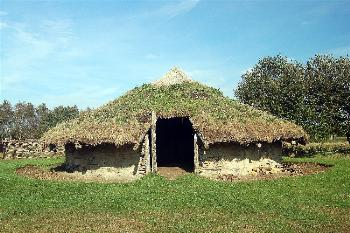 A reconstructed Bronze Age hut at Flag Fen