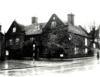 Holly Lodge shortly before demolition about 1968