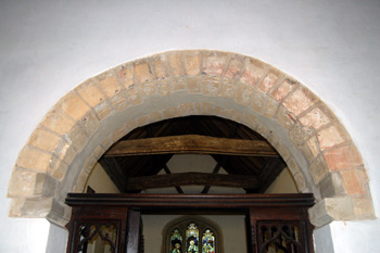 Saint Marys chancel arch May 2008