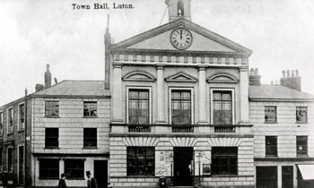 The Town Hall - the Belgium Arms was immediately left of the entrance block [Z50/75/72]