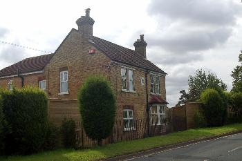 former Gardeners Arms Brook End Jul 2007