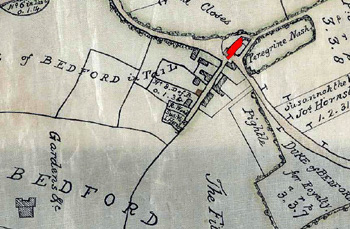 The Bedford Arms shown in red in 1804 [MA72]