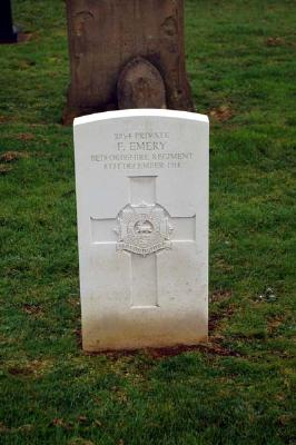 Private Emerys Grave March 1917