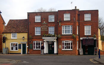 White Hart from the front January 2008