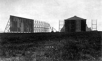 Working on the sheds at the Royal Airship Works 1927 [X766/1/31]