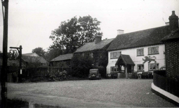 The Red Lion about 1950 [WB/Green4/5/Stu/RL1]