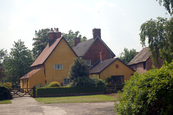 Brook Farmhouse from the side May 2008