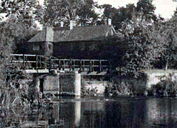 Tempsford Mill about 1900 [X758/1/12]