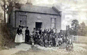 Tilsworth Infants School and children in the 1870s