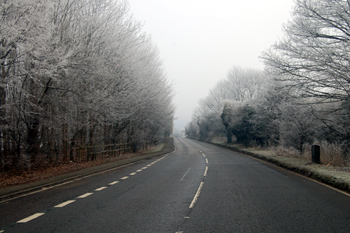 Icknield Way looking towards Dunstable from the Well Head Road junction January 2010
