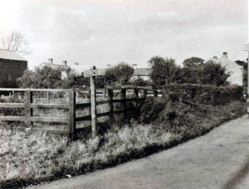 Upper Caldecote pound about 1920