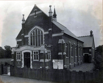 The new Wesleyan chapel about 1910 [Z307/1]